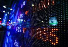 Cinsky premier Li Keqiang vyhlasil, ze Cina uz viac nebude posilnovat svoju monetarnu politiku