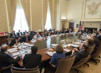FOMC: k ukonceniu kvantitativneho utahovania by mohlo dojst este tento rok