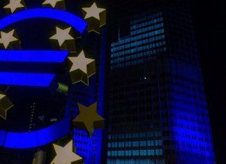 ECB odklada zvysovanie sadzieb