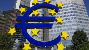 ECB ponecha urokove sadzby bez zmeny ECB ponechá úrokové sadzby bez zmeny