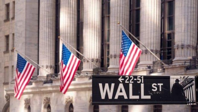 Spolocnosti prekonavaju ocakavania Wall Street. Odklad brexitu je takmer neodvratny
