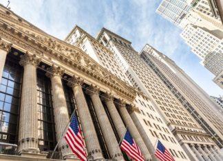 Expanzia USA bude pokračovať tvrdí Powell Odvetvia zasiahnuté koronavírusom získajú finančnú podporu