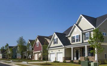 Predaje novych domov v US rekordne rastu. Goldman Sachs znizuje odhad rastu HDP o polovicu Domov
