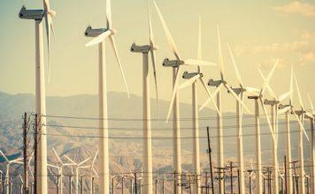 Sektor sluzieb v USA sa dostal na urovne pred pandemiou. Britania chce byt Saudskou Arabiou veternej energetiky Domov