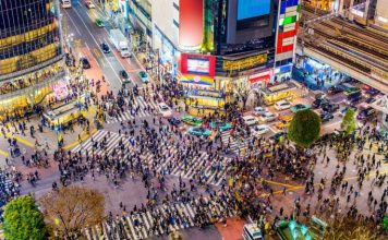 Japonska ekonomika stupla rekordne o 214. Joe Biden planuje vladnu pomoc USA Domov