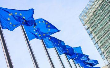 ECB oznamila 2 inflacny ciel. Pracovny trh v USA zacina stracat na sile Domov