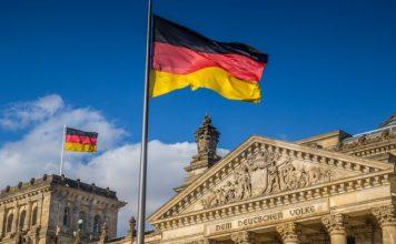 Nemecko ocakava navrat ekonomiky na uroven pred krizou uz v Q3. Rusko zdvihlo sadzbu o rekordnych 63 boji sa inflacie Domov